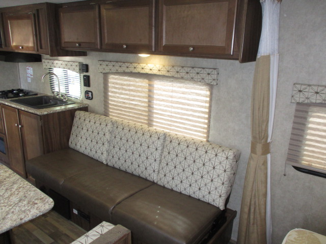2017 COACHMEN VIKING 21FQ