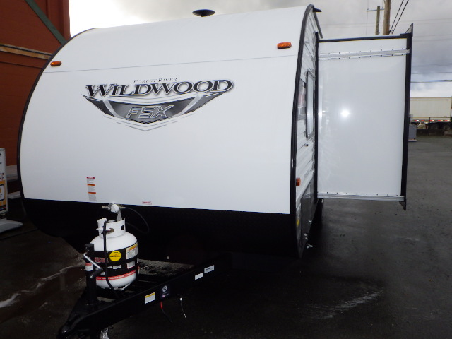 2021 FOREST RIVER WILDWOOD 178BH
