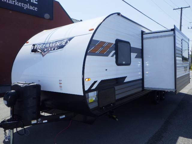 2021 FOREST RIVER WILDWOOD XLT 240BH