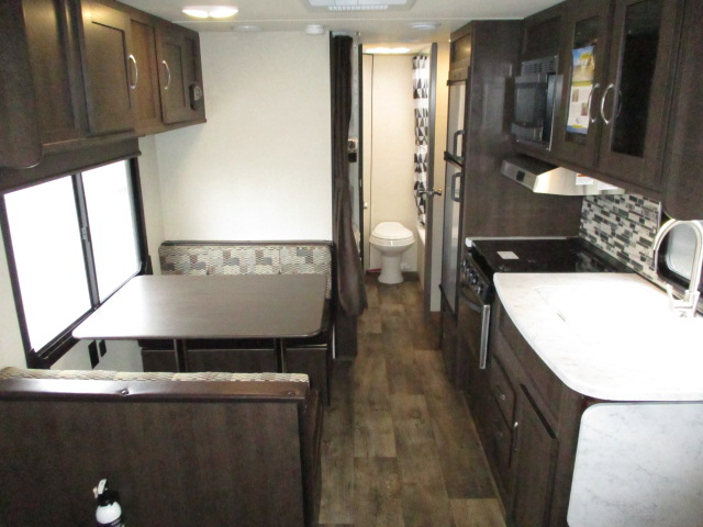 2018 Forest River WILDWOOD XLT 261BHXL For Sale In Abbotsford