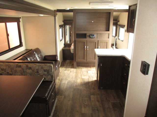 2019 Forest River WILDWOOD XLT 282QBXL For Sale In Abbotsford