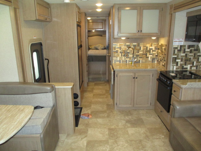 2018 Thor Motor Coach WINDSPORT 31Z For Sale In Abbotsford