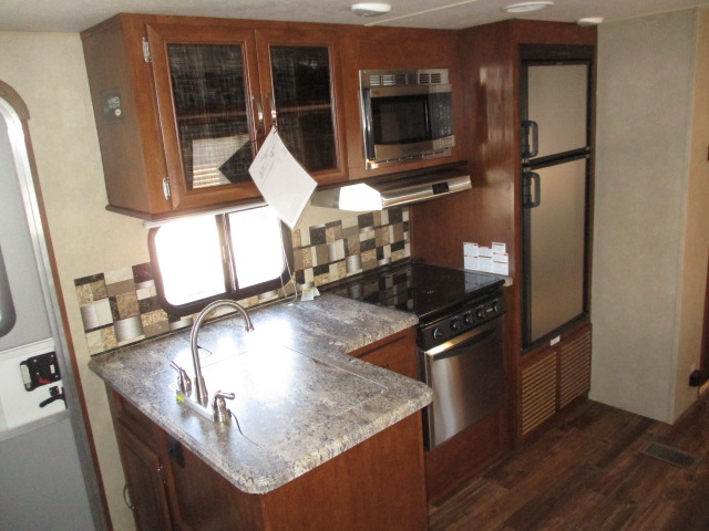 2017 Forest River VIBE 287QBSXL For Sale In Abbotsford