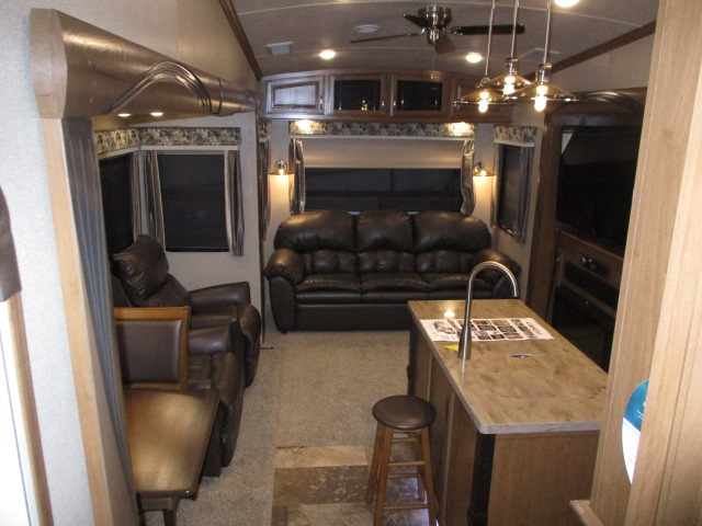 2018 Forest River CEDAR CREEK 34RL2 For Sale In Abbotsford