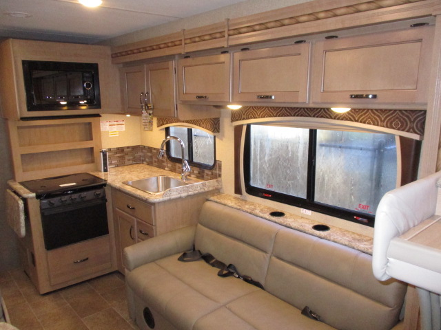 2018 Thor Motor Coach CHATEAU 30D*17 For Sale In Abbotsford