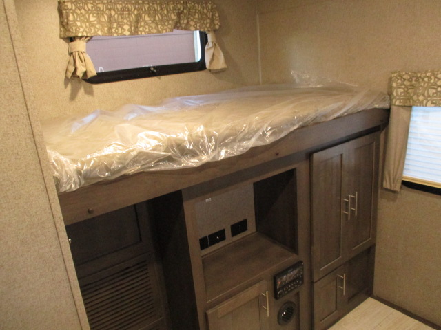 2019 Forest River ROCKWOOD 8327SS For Sale In Abbotsford