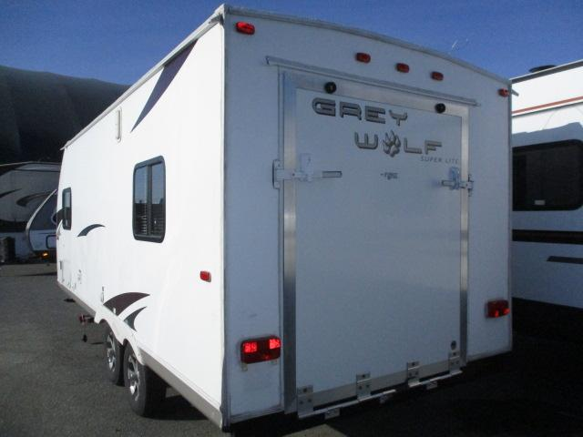 2011 FOREST RIVER GREY WOLF 19R