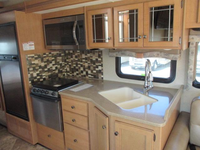 2018 Thor Motor Coach WINDSPORT 29M For Sale In Abbotsford