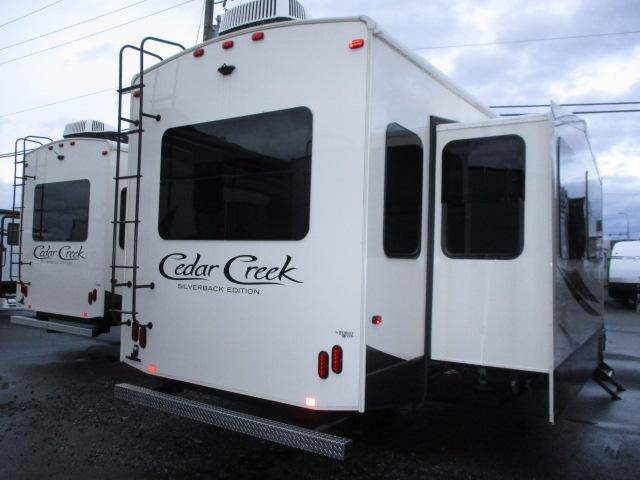2018 Forest River CEDAR CREEK 37MBH For Sale In Abbotsford